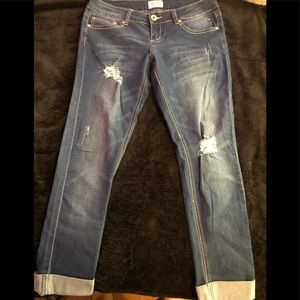 Really cute jeans ankle crop size 9 super stretchy